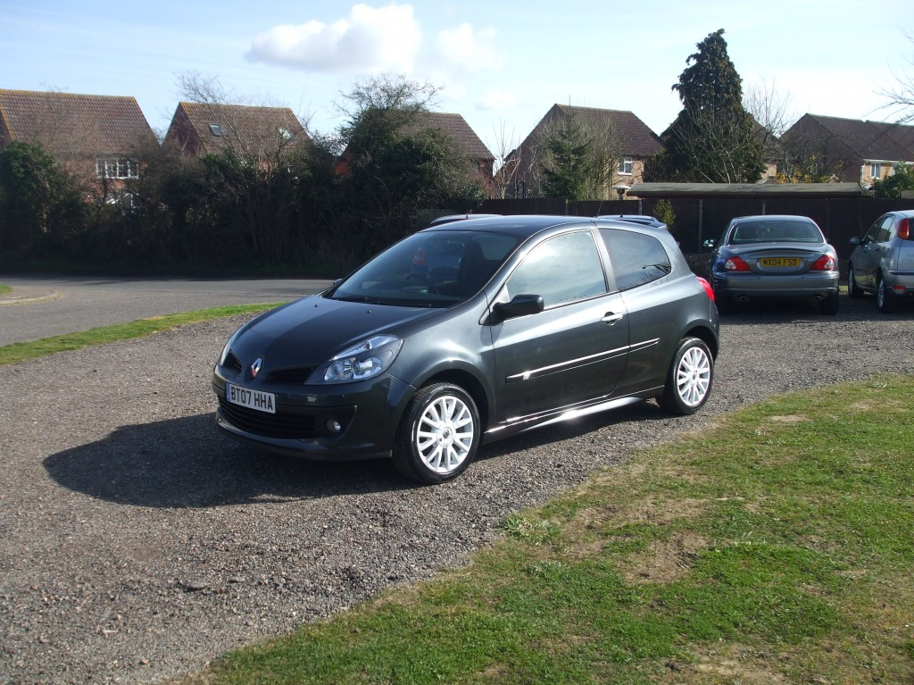 renault clio 1 2 tce dynamique sx 07 reg sold ymark vehicle services. Black Bedroom Furniture Sets. Home Design Ideas