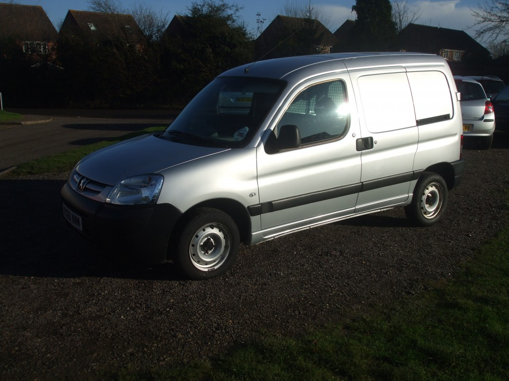 peugeot partner 1 6 hdi panel van 10 reg sold ymark vehicle services. Black Bedroom Furniture Sets. Home Design Ideas