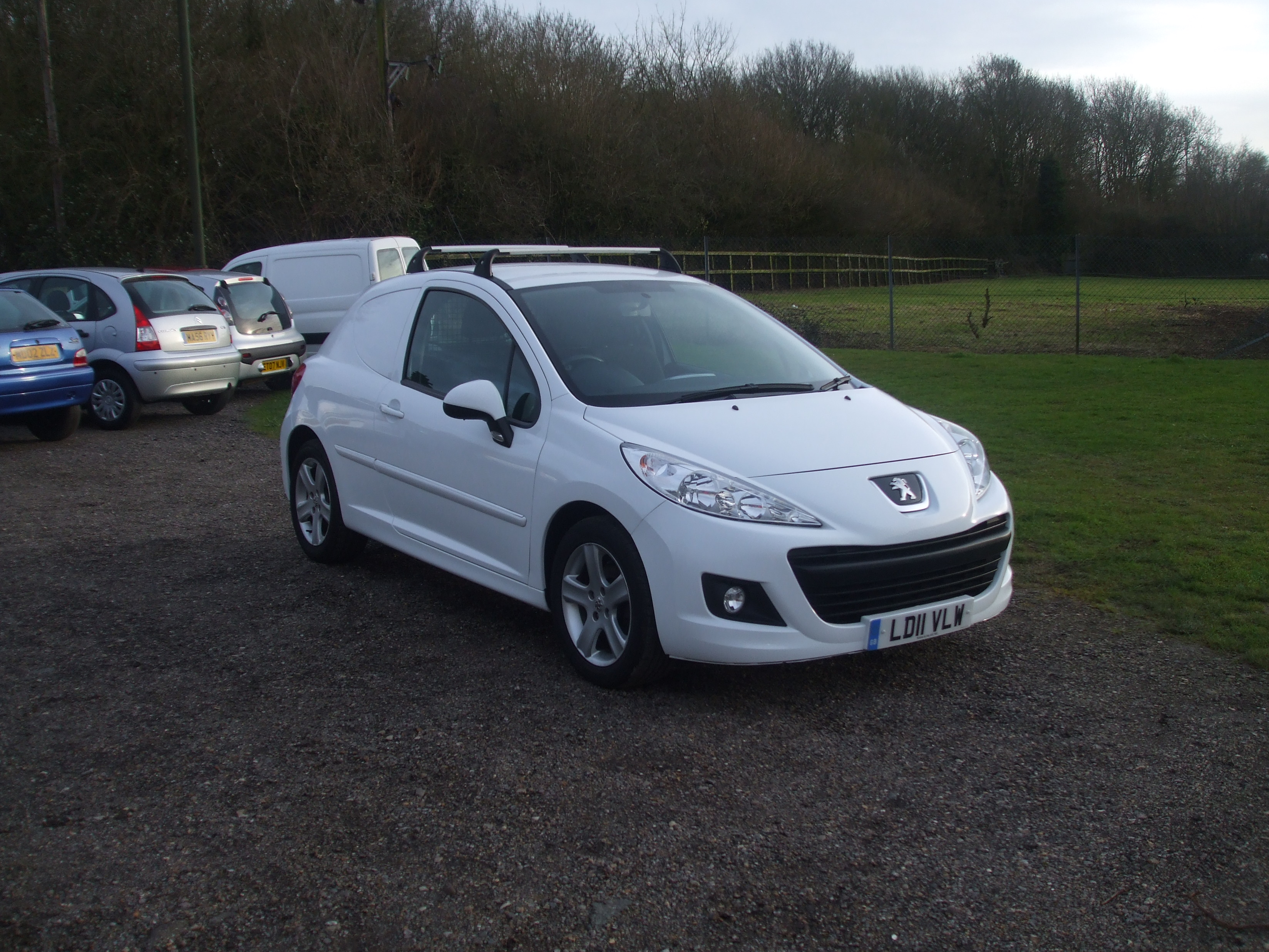 peugeot 207 1 4 hdi panel van 11 reg sold ymark. Black Bedroom Furniture Sets. Home Design Ideas