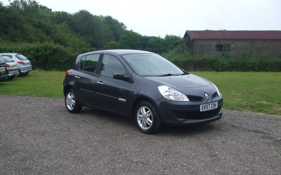 Renault Clio 1.2 Limited Edition Rip Curl (07 Reg) – Sold