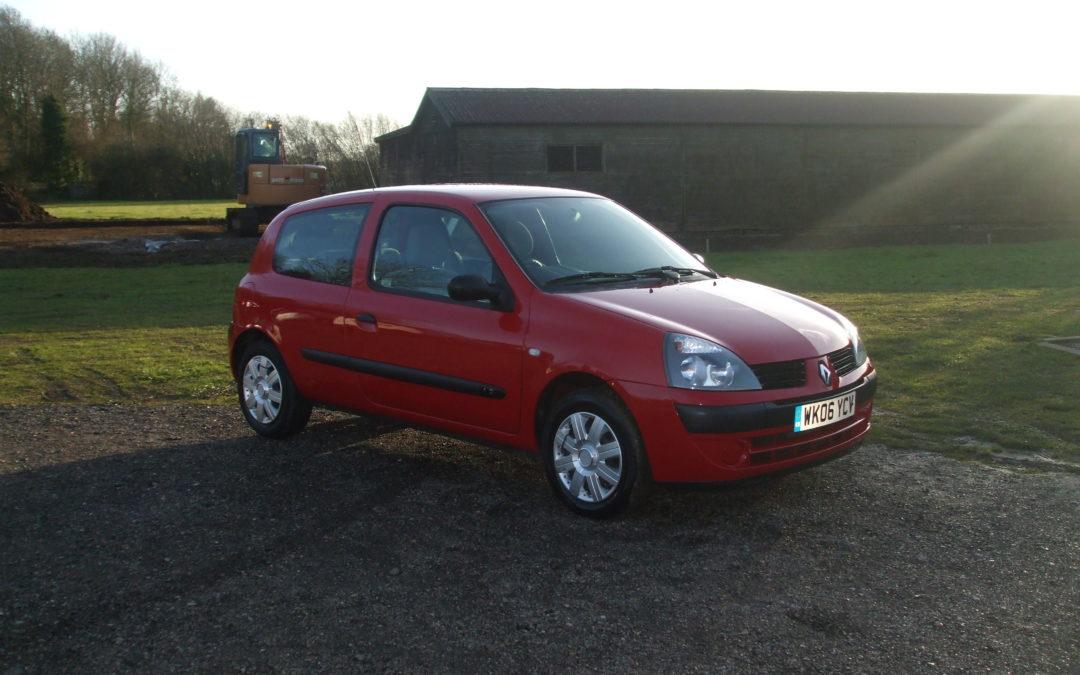 Renault Clio 1.2 Campus (06 Reg) Sold
