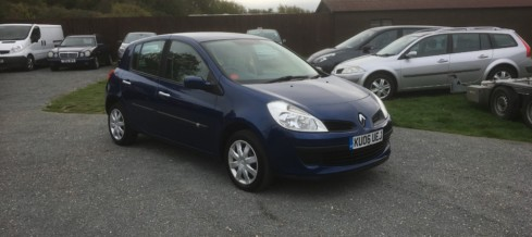 Renault Clio 1.2 Expression (06 Reg) – Sold